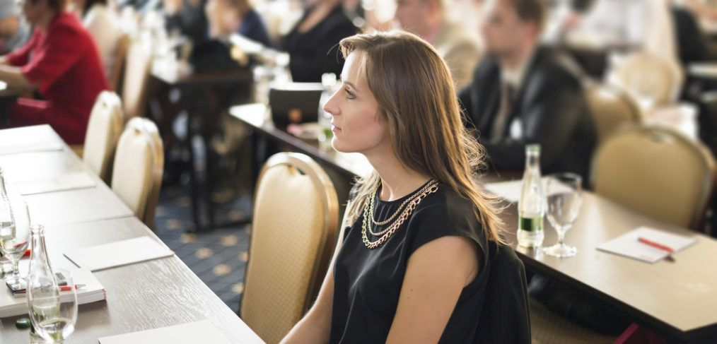 12 tips for leveraging your next conference or trad show on linkedin