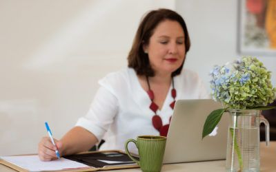 Think Bespoke Launches Lunch & Learn LinkedIn Online Training